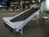 Wide Inclined belt conveyor with chevron belt